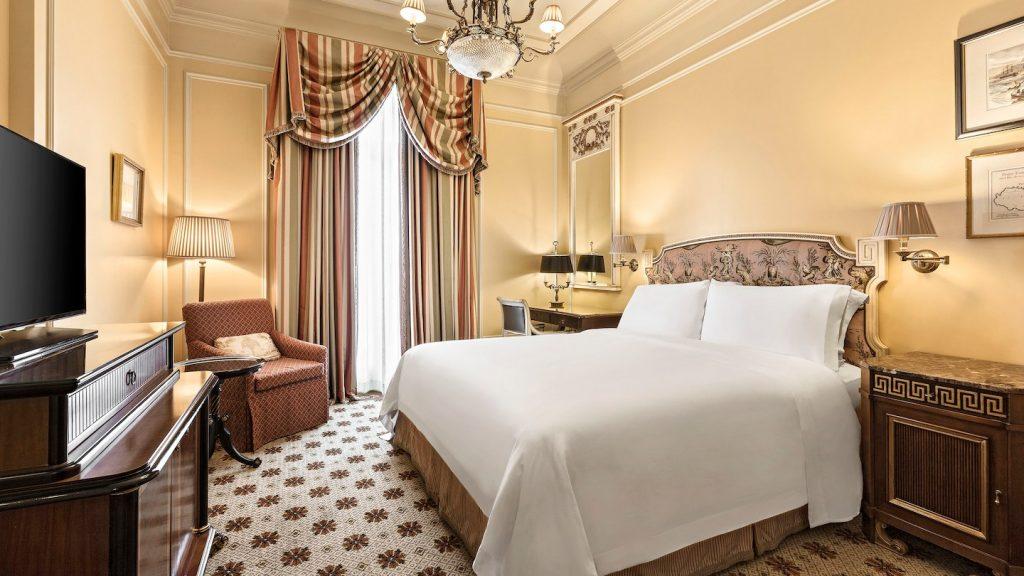 athlc-guestroom-8222-hor-wide
