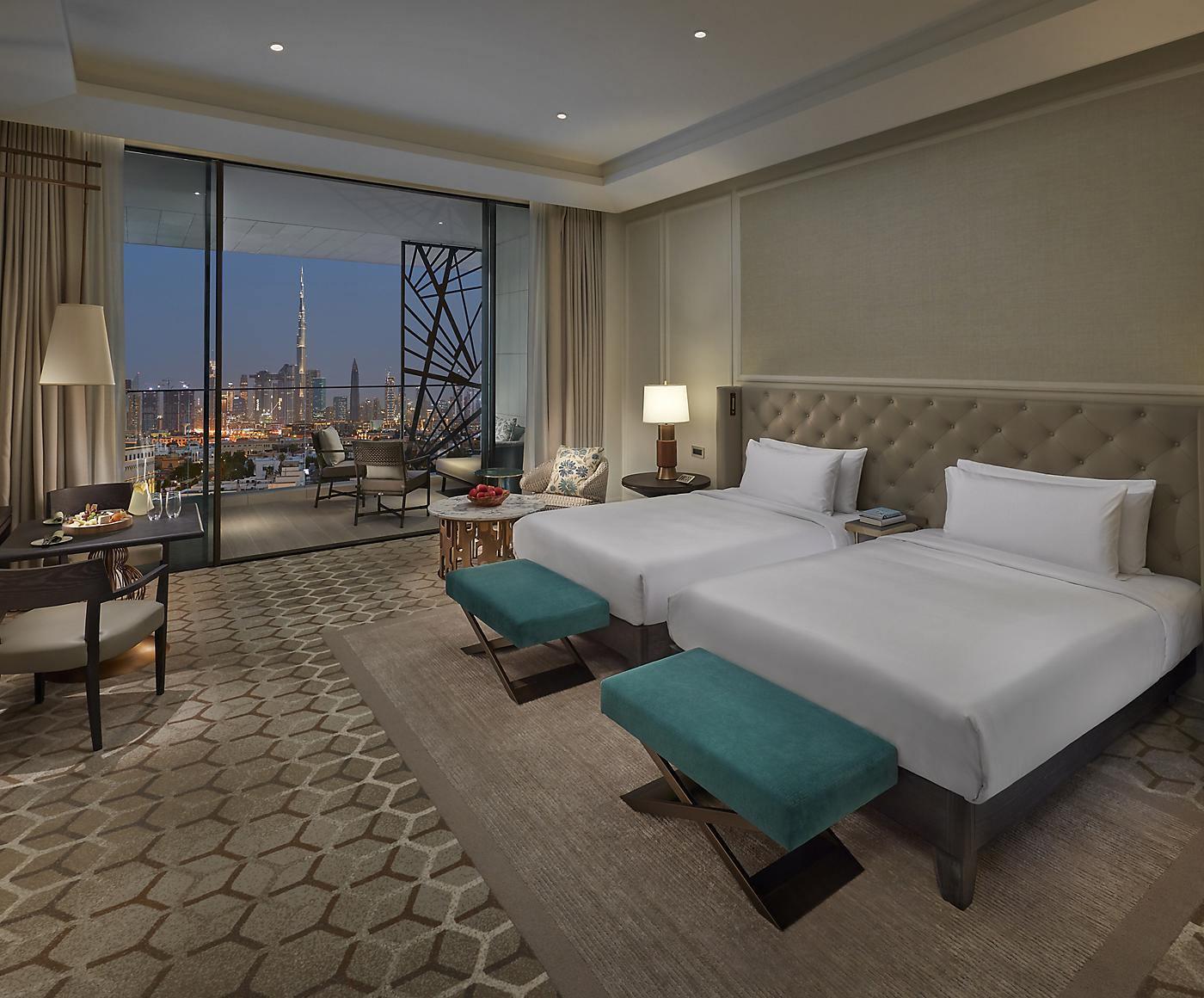 dubai-room-deluxe-skyline-view