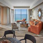 dubai-suite-mandarin-sea-front-living-room